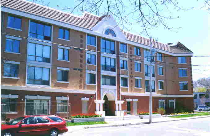 photo of Leaside condo